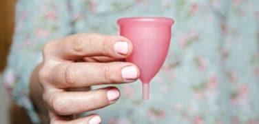 Coupe menstruelle pour la nuit